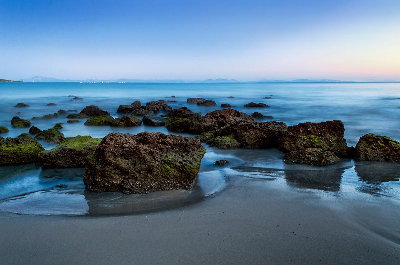 Fotografía de Miguel Portillo. Título: En la orilla del silencio.