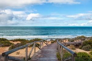 Fotografía de Miguel Portillo. Título: Caminos sobre el mar.